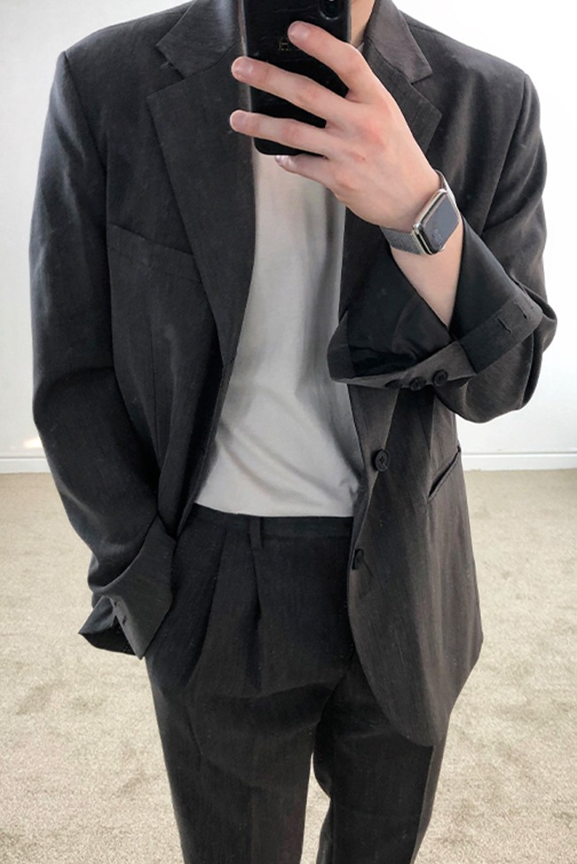 Minimal three button jacket